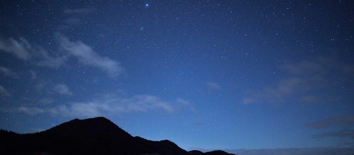 sky-1246033_1920